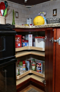 This Savvy Home Supply customer and homeowner opted for the Pie Cut 2 Shelf Corner Lazy Susan to store their often used goods in the kitchen.